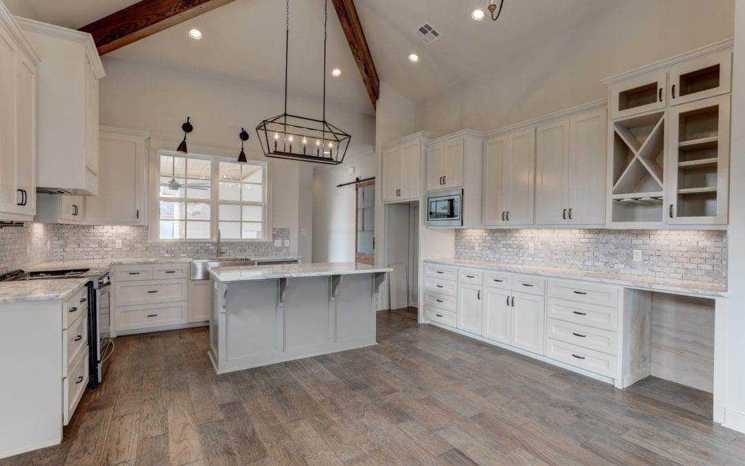 403 Catalina – Kitchen